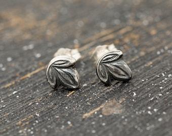 Sterling Silver Ivy Leaf Earrings, Silver Leaf Earrings, Silver Leaf Stud Earrings, Floral Earrings, Leaf Earrings, Handmade Earrings