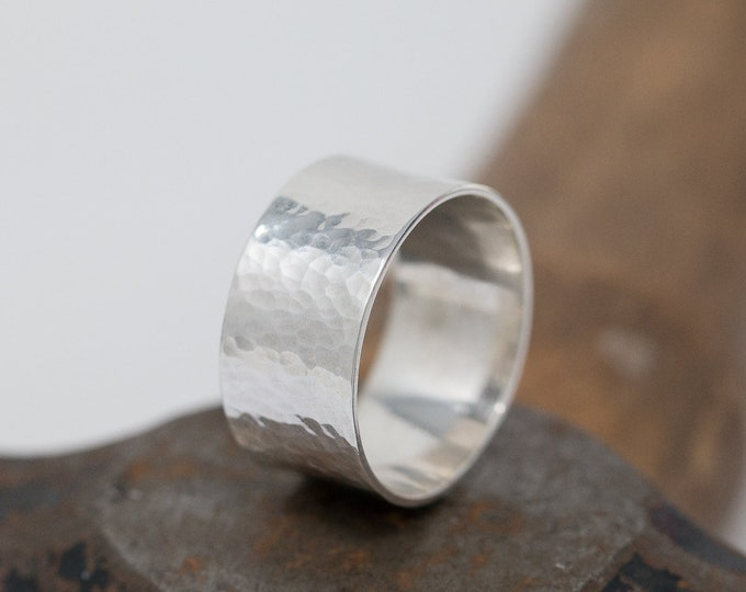 Wide Sterling Silver Dimpled Ring|Sterling Silver Ring|Sterling Silver Dimpled Ring|Silver Dimpled Ring|Chunky Ring|Gift for Her|Unisex Ring