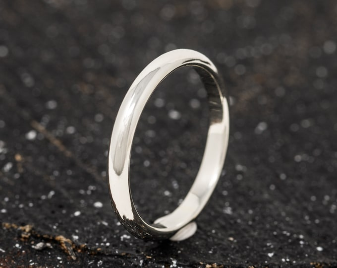 SOLID 9ct White Gold Ring, 3MM D Shaped Mens Gold Wedding Band, Hand Forged Mens Gold Engaement Ring, Engraved gold band, Gift for him