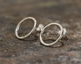 Sterling Silver Circle Earrings|Circle Stud Earrings|Small Sterling Silver Loop Earrings|Handmade Earrings|Gift for Her