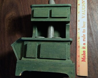 Handmade Vintage Kitchen Stove for Large Doll House or Decoration