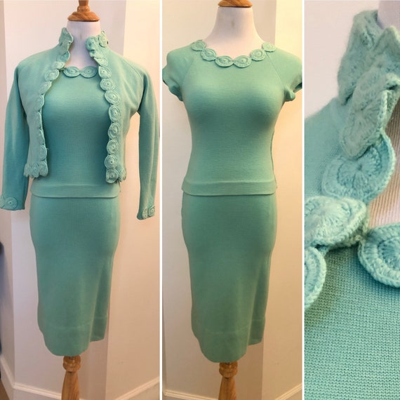 1940's turquoise knitted crochet three piece ensem