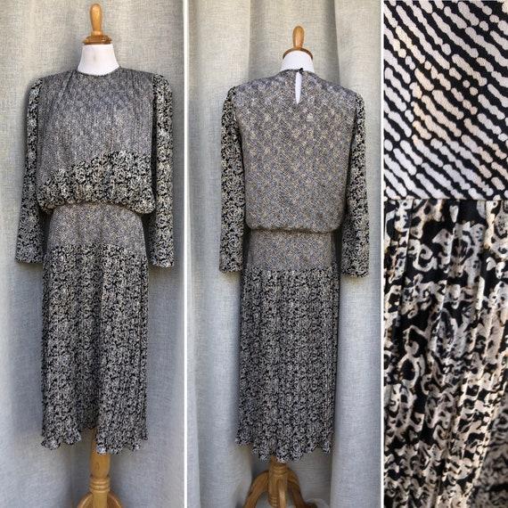 Patty O'Neil long sleeve micro pleat midi dress w… - image 1