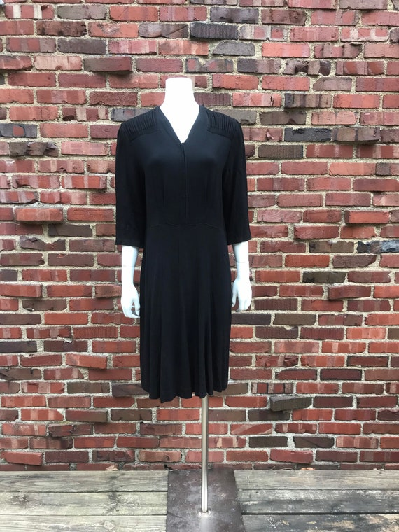 Xl/xxl • 1930s BLACK RAYON crepe gathered shoulder