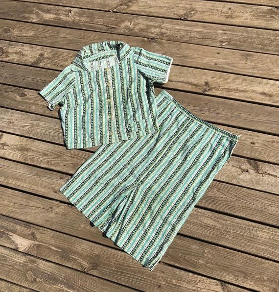 Xl • 1950s SWISS DOT printed turquoise green skirt