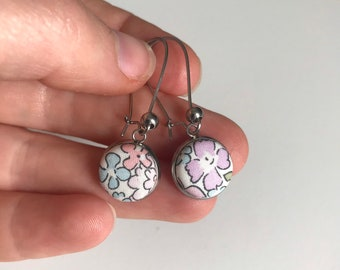 Liberty of London Hanging Earrings in Silver. Handmade using Liberty Tana Lawn Fabric. Available in various fabrics