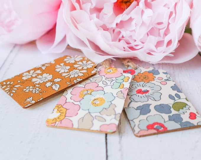 Liberty of London Wooden Gift Tags. Set of 3, in a selection of Capel and Betsy prints.