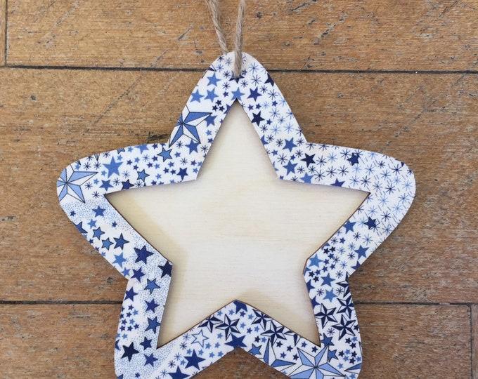 Liberty Hanging Star Frame