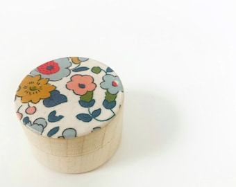 Liberty of London Mini Tooth Fairy Pot. Wooden Gift Box for Small Accessories such as Earrings.
