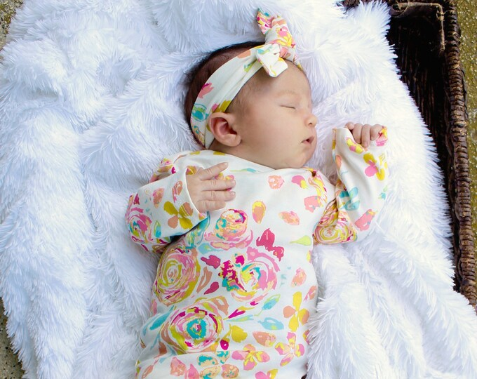 Girl Newborn Baby Gown Rose Floral Flower Newborn Gown Infant Baby Gown Going Home Outift Top Knot Hat Flower Hat Headband Girl Outfit