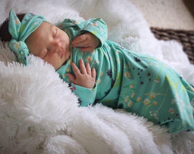 94b2f552aa9 Floral Girl Newborn Baby Gown Aqua Newborn Gown Infant Baby Gown Going Home  Outfit Top Knot