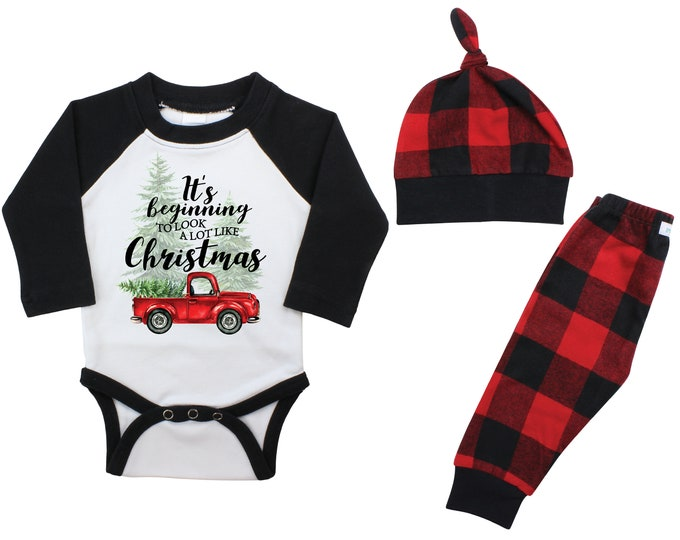 It's Beginning to Look a lot Like Christmas Raglan Outfit Red Flannel Tree Truck Bodysuit Winter Baby Outfit Boy Red Black Buffalo Plaid