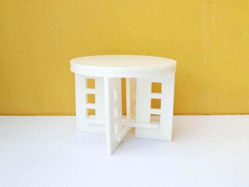 1:12 Scale Deco Large Coffee Table in Perspex image 0