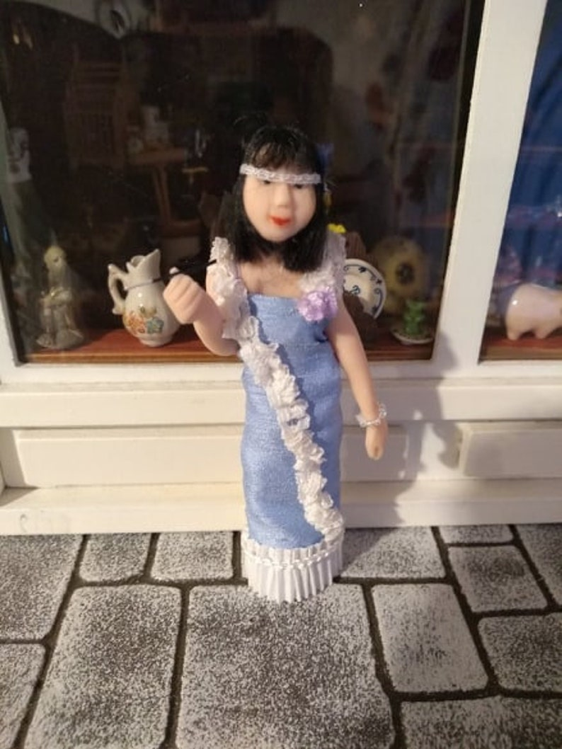 1:16th Flapper Doll by Susan Emsell image 0