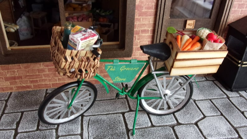 1:12th Grocers Bike. Dolls House image 0