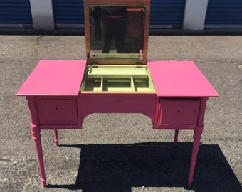 Vintage vanity -Customize it!