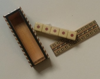 Sale! Spanish Poker Dice in Marquetry Box