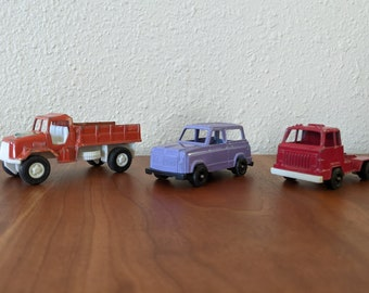 Set of three Tootsietoy 1970s die-cast trucks!