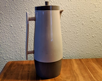 Aladdin Hot/Cold Beverage Butler #4450 in Tan/Brown for Your Mid-Century Kitchen!
