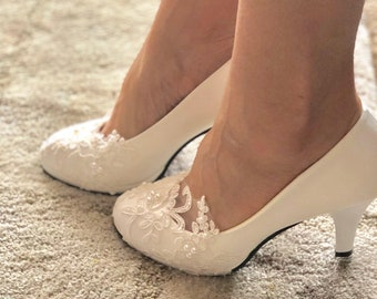 aaf39be3e432e9 Bridal wedding shoes- handmade wedding shoes- pumps-white or ivory wedding  shoe.