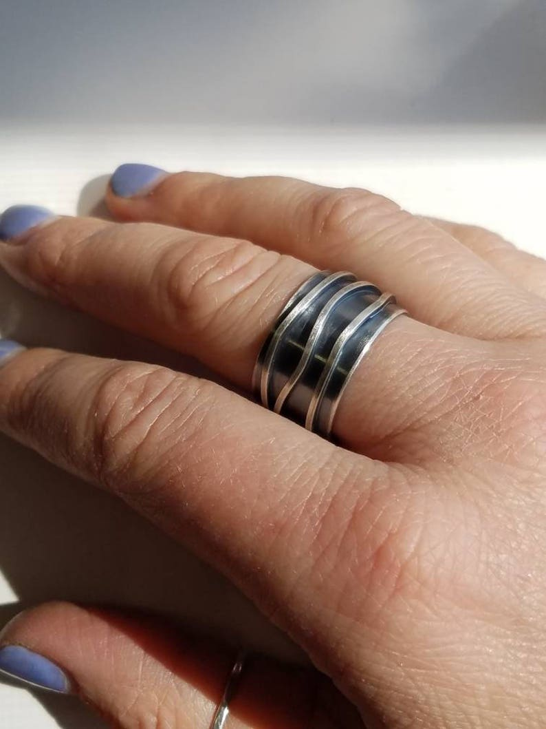 Thick and chunky Sterling silver band open in the back image 0