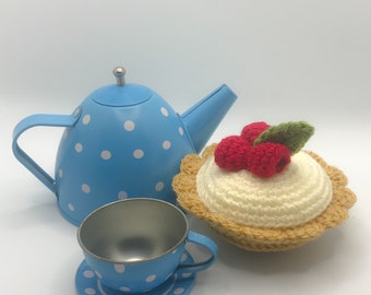 Crochet play food raspberry fruit tart, amigurumi, gift