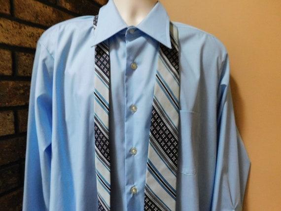 Vintage MENS 1970s Van Heusen 417 Vanopress V Taper striped long sleeve shirt size M dead stock