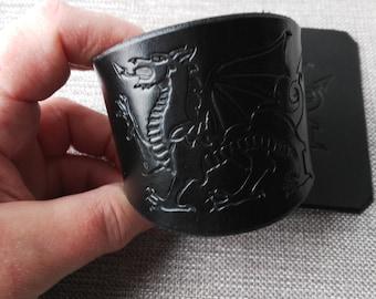 Welsh Dragon, Welsh Cuff, Welsh Dragon Cuff, Welsh Pride, St David's Day Gift, Jewellery, Bracelet, Cuff Bracelet, Leather Bracelet.
