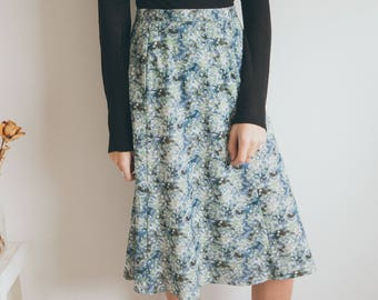 Vintage 70s Skirt Green Floral Print Knee length High Waisted