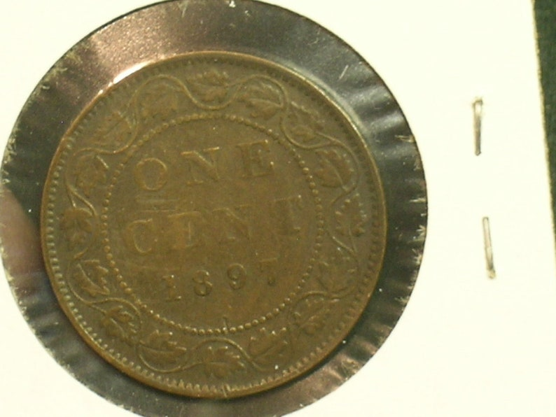 One Cent Copper Coin 1897 Canada Victoria Very Nice Condition