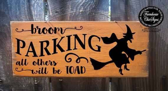 Wicked Witch Inn Rustic Primitive Halloween Sign