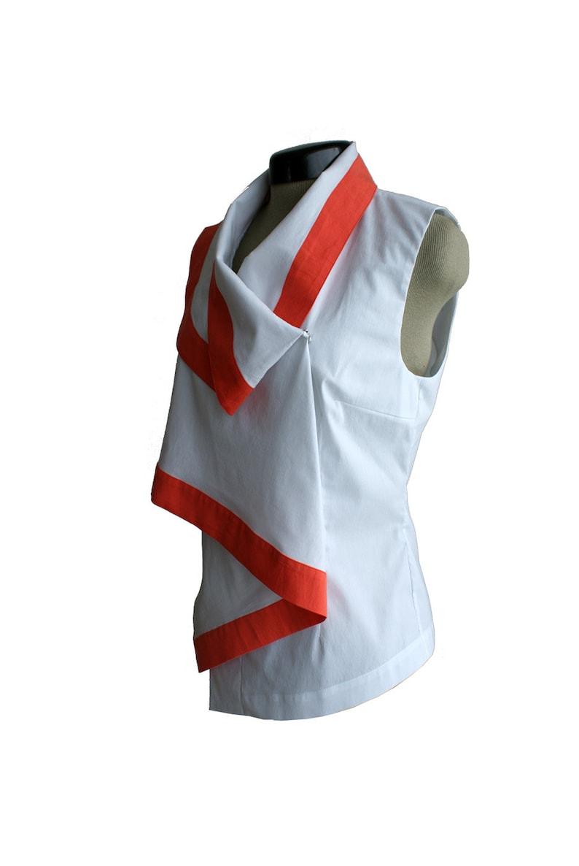 sleeveless White blouse red stripe draped