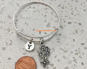KIDS SIZE - Bee and honeycomb initial bracelet, bee jewelry, bumblebee, honeybee jewelry, insect jewelry, honeycomb bracelet, honeybee