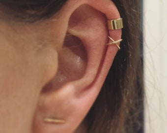 Crossover 9ct Gold Ear cuff, cross ear cuff helix, 9k solid, red gold white gold ear wrap, ear jacket, trend 9 carat minimal Earcuff