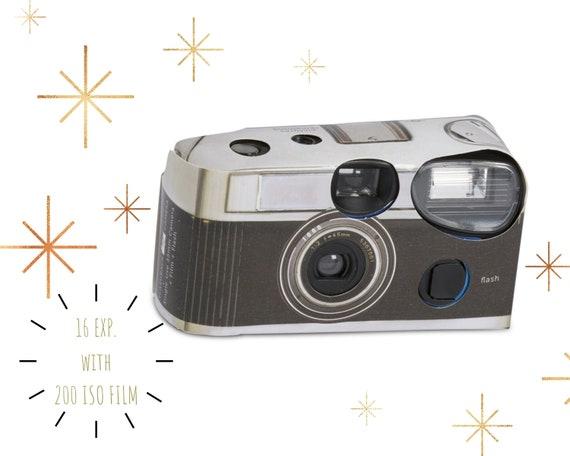 wedding cameras 10 I Spy Wedding Disposable Cameras and 10 I Spy Cards single use cameras