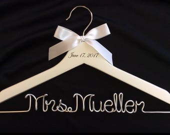 wedding hanger,Personalized Hanger,engraved date on top hanger,Mrs hanger,silver wire name hanger,Bridesmaids hanger,bride hanger