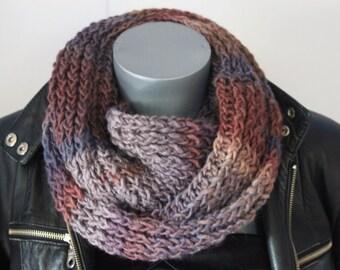 Snood en laine dégradé de couleur bleu, gris et bordeau - Echarpe tube -  Cache col - écharpe infinie - maxi snood tricoté laine 01d7fb1d6c5