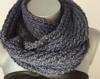 Snood en laine bleu jeans - Echarpe tube - Cache col - écharpe infinie -  maxi snood tricoté laine - grosse écharpe oversize couleur tendance e47b6a435ea