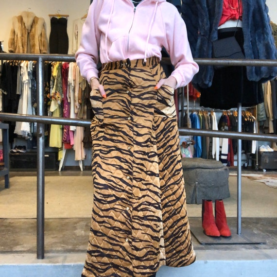 vintage 60s 70s tiger animal print quilted maxi sk