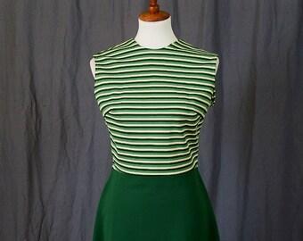 Adorable robe de journée professionnelle de Secrétaire vert des années 1970