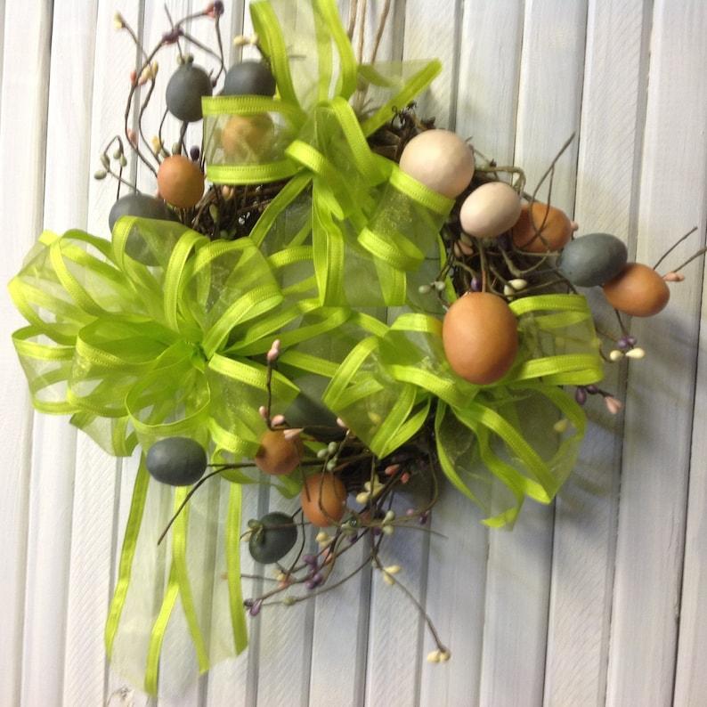 Spring wreathEaster wreathgrapevine wreathEaster decorgrapevinecountryEasterfarmhouse decor Easter eggs countrycottage