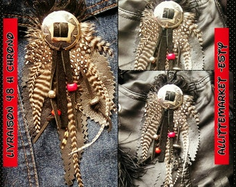 Country pendant leather feathers