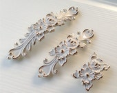 Shabby Chic Dresser Drawer Pulls Handles Off White Gold French Country Kitchen Cabinet Handle Pull Antique Furniture Hardware