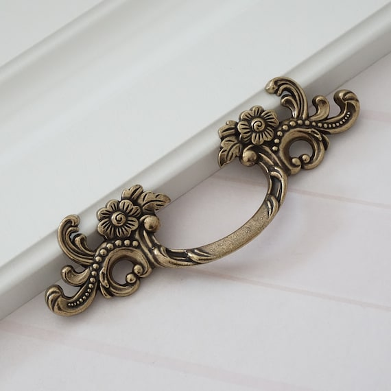 25 Vintage Kast Grepen Dressoir Knoppen Trekt Lade Pull Grepen Antieke Bronzen Keukenkast Grepen Pull Knob 64mm