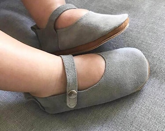 Mary Janes, baby girl shoes, grey suede mary janes, soft soled shoes, hard soles shoes, baby girl shoes, baby shoes, crib shoes