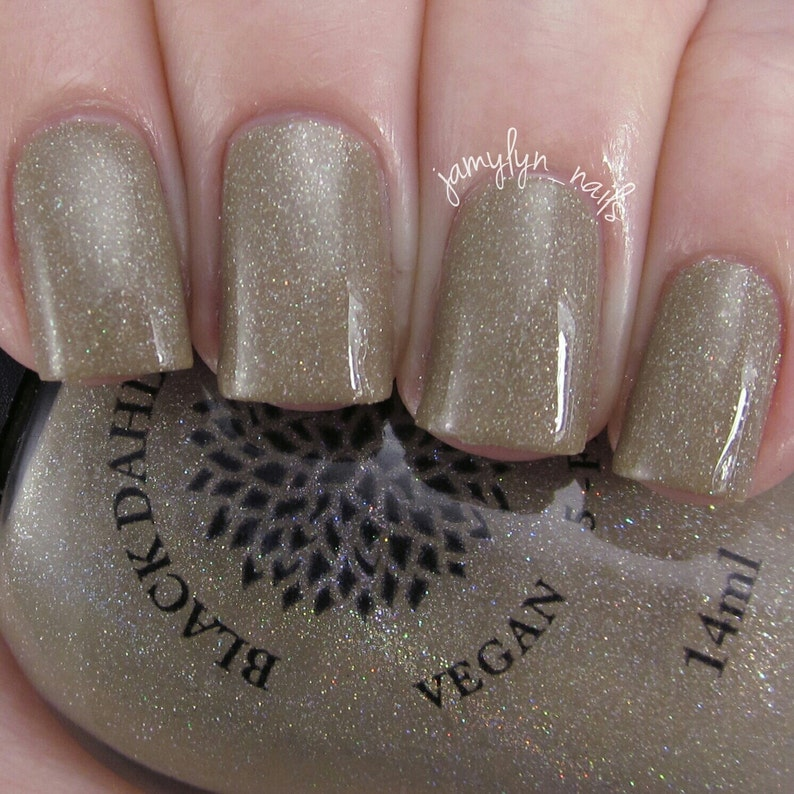 Nude Nail Polish Variations To Try | NailDesignsJournal.com