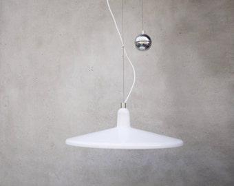 LARGE MANTA ORIGINAL // D.H. Guzzini di Raimondo Guzzini // Italian Dining Light