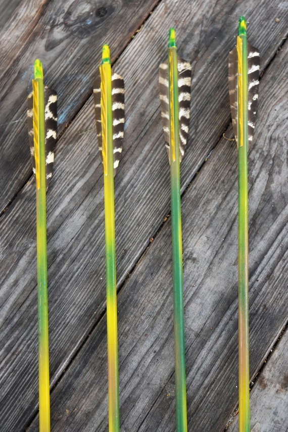 Archery arrows, vintage wood hunting arrows set of 4 arrows, Camo hunting arrows