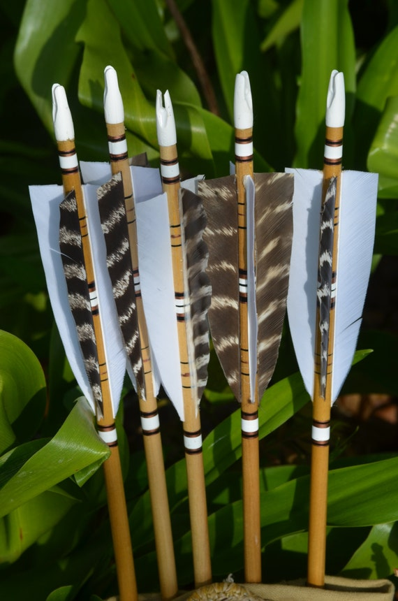 Archery arrows, 4 fletched poplar arrows set of 6