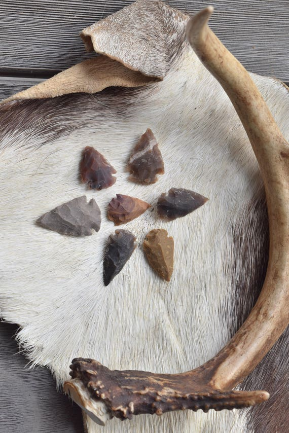 Stone Arrowheads, replica stone points, jewelry making, replica arrows